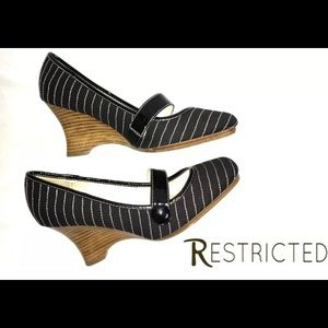 Restricted Slip On Wedges Fabric Stripe Shoes SZ 8